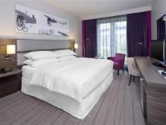 boek hier je park sleep fly dusseldorf arrangement wapiti travel. Black Bedroom Furniture Sets. Home Design Ideas
