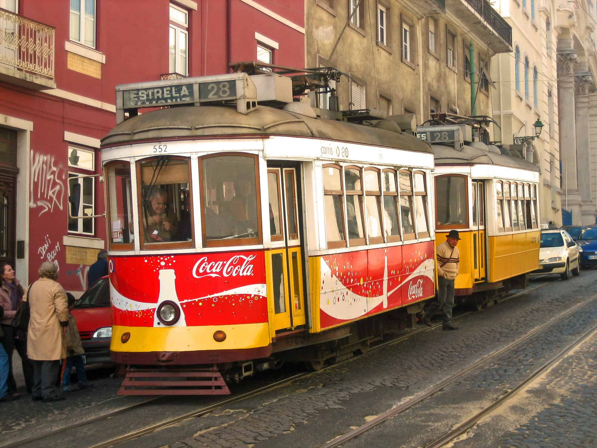 How to use public transport in Lisbon, a complete guide