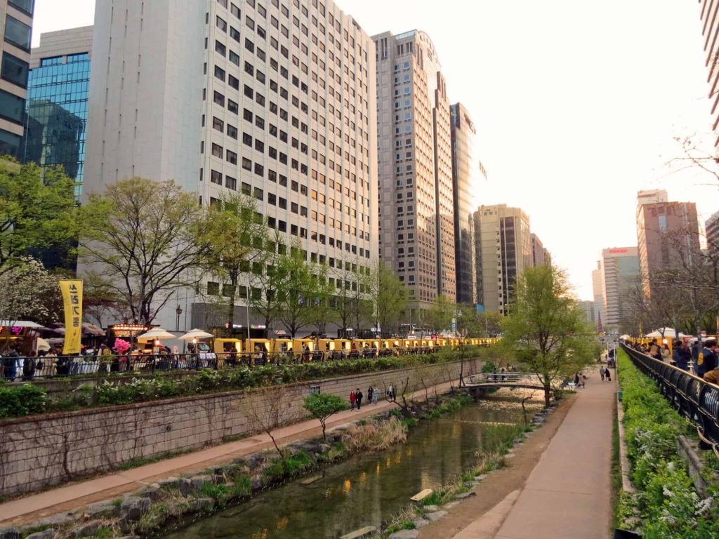 Seoul Cheonggycheon river walk, South Korea