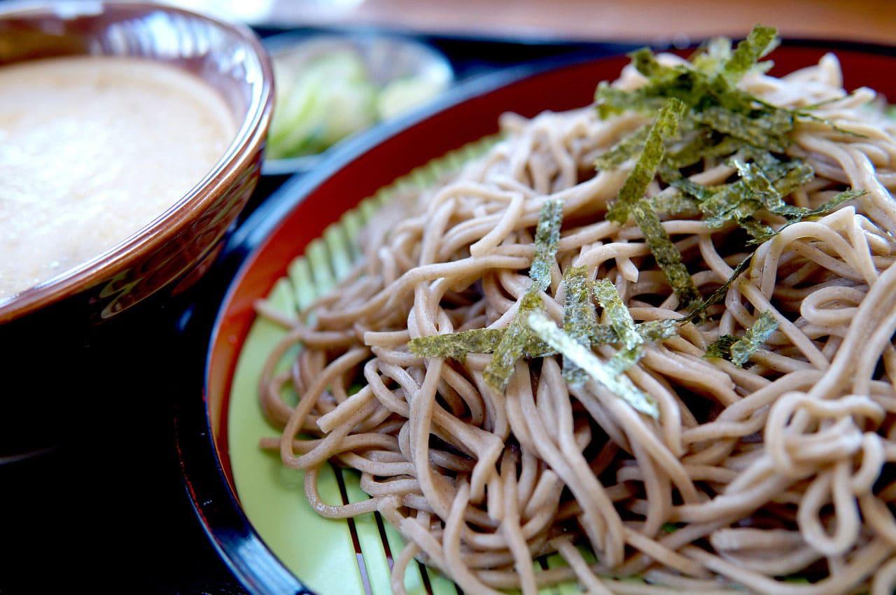 Soba noodles healthy Japanese food
