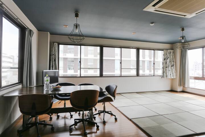 Entire condominium hosted by Takahiro