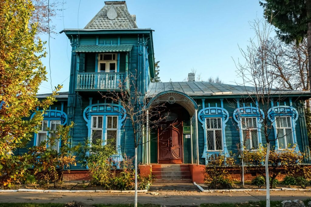 One of the houses decorated with Wooden Lace of Chernihiv