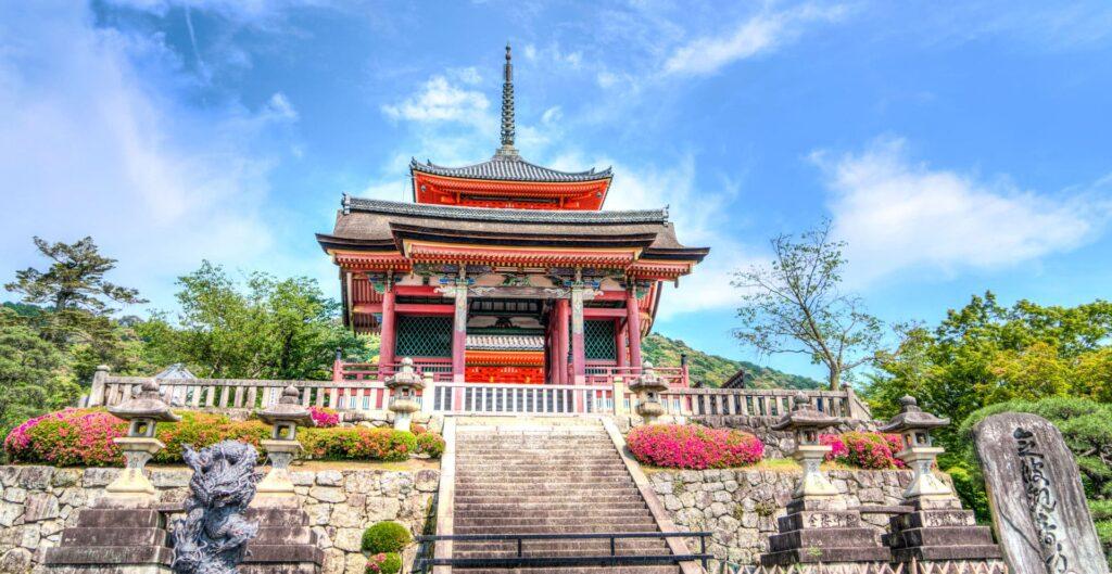 The Kiyomizu-dera temple