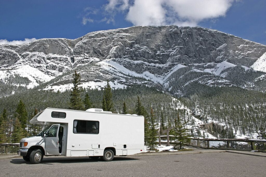 Discovering Banff National Park with your camper