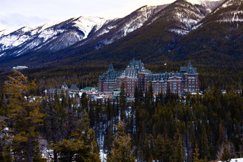 A view on the iconic Banff Springs Hotel