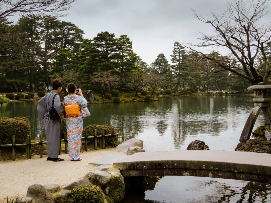 The Kenrokuen Garden is a popular attraction in Kanazawa with both locals as well as tourists