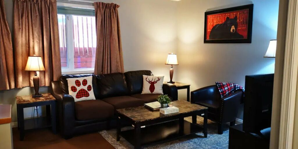Great pet-friendly Airbnb in Banff