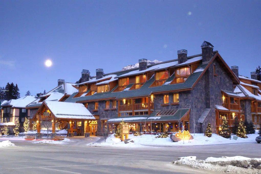 Fantastic Banff Getaway with Incredible Hot Pools Access