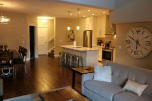 New 3 Bedroom Penthouse with pool, private hot tub