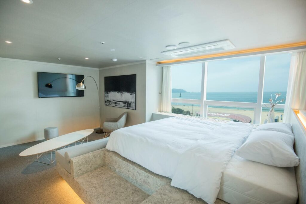 Airbnb Haeundae Beach