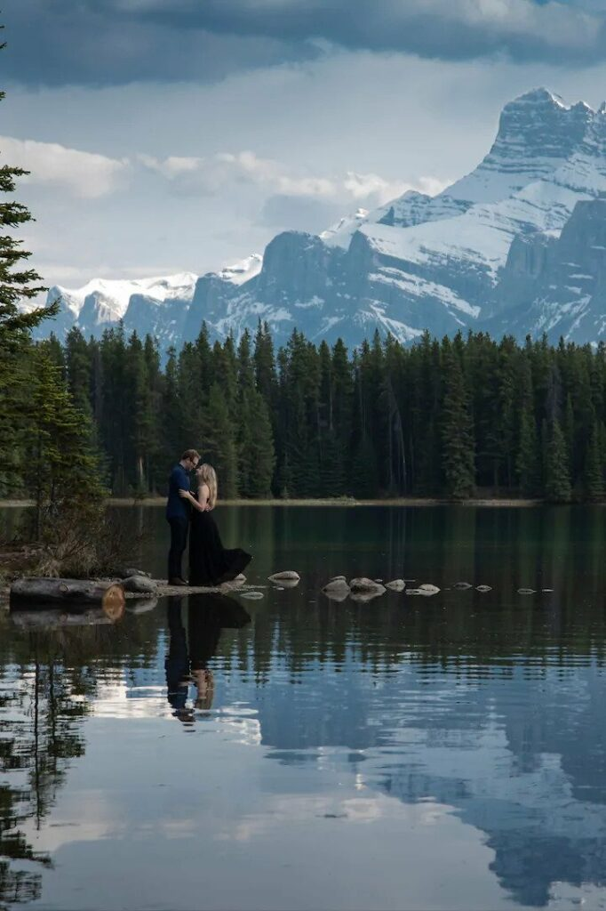 Banff Airbnb activities: Scenic Mountain Portrait experience