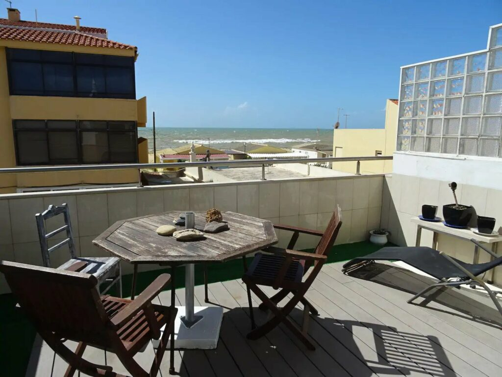 Best Airbnb near Faro beach