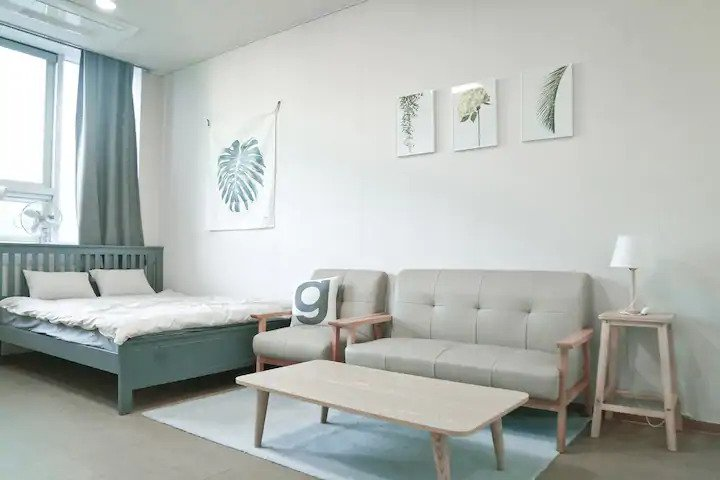 Best Airbnb in Seomyeon for couples