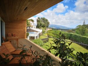 This is a great Airbnb in Ponta Delgada with pool