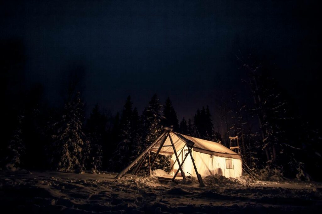 Great Airbnb in Golden for glamping