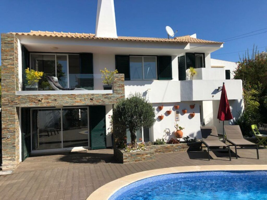 One of the best Airbnbs near the strip of Albuefeira