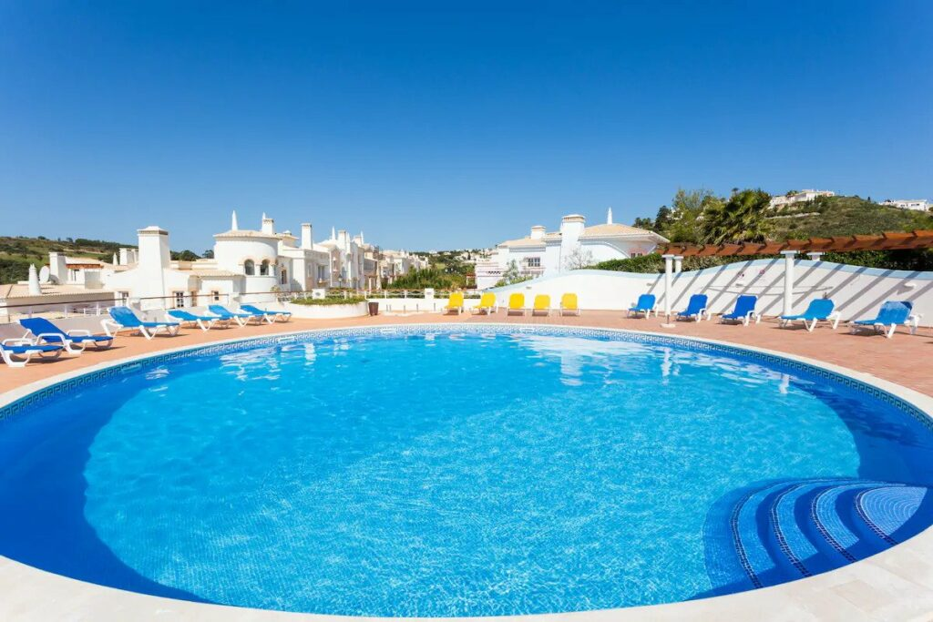 Great Airbnb with pool in Sagres