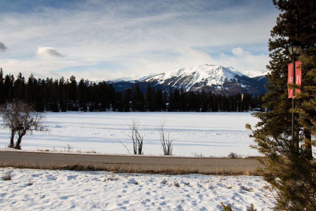 Lake Beauvert, close to Jasper, is a great place for a winter hike
