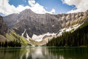 Rawson Lake, an easy hike in Kananaskis
