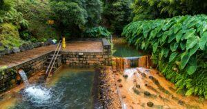 The second pool in the Poça da Dona Beija hot springs
