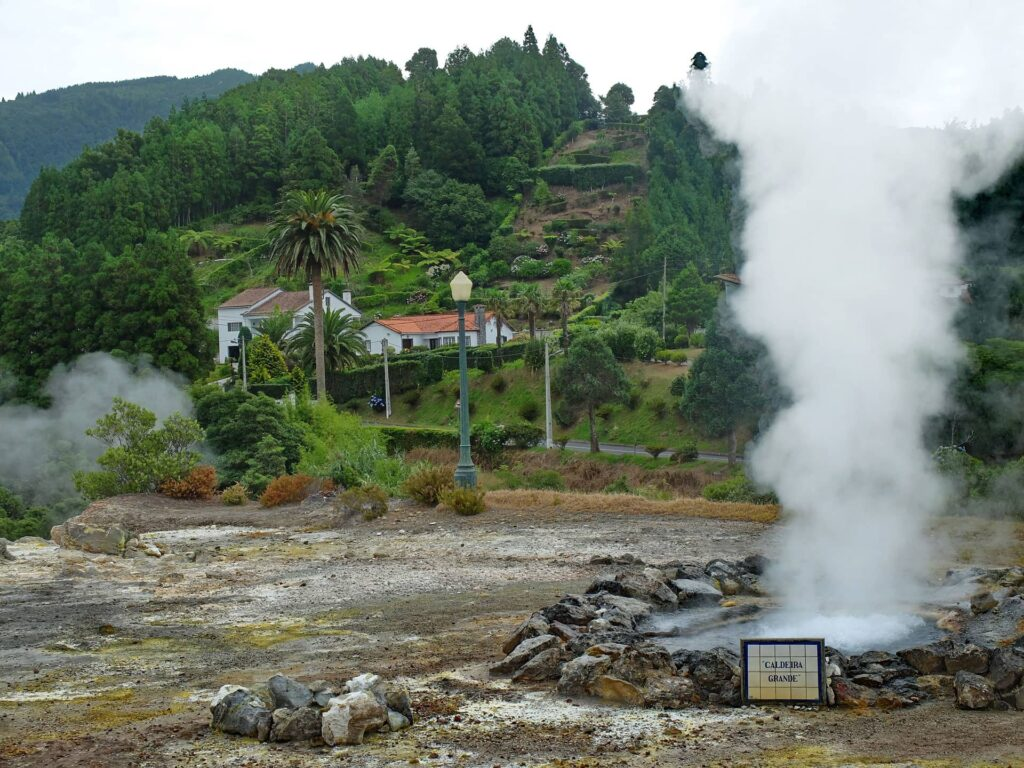 Boiling hot springs at the caldeiras das Furnas