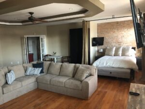 Dog friendly Airbnb starved rock