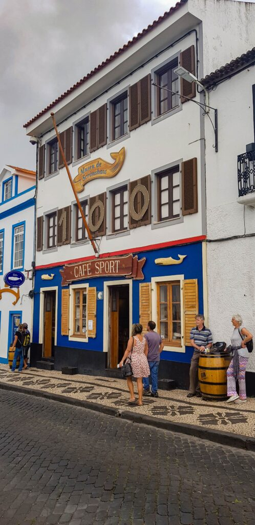 Peter's Café Sport at the harbor in Faial