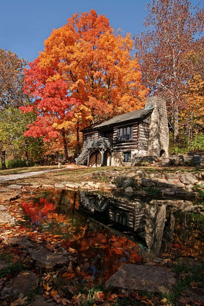 Beautiful fall colors and the Original Office building in the Pere Marquette State Park in Illinois