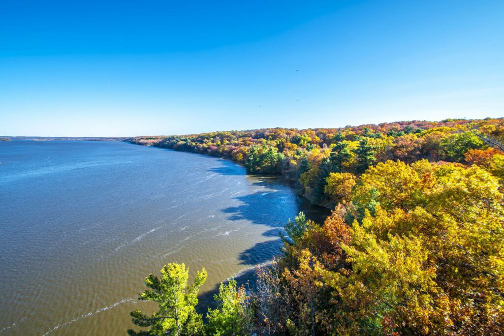 Starved Rock State Park in Illinois, a high-rated park with amazing trails