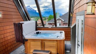 VRBO in Canmore with private hot tub