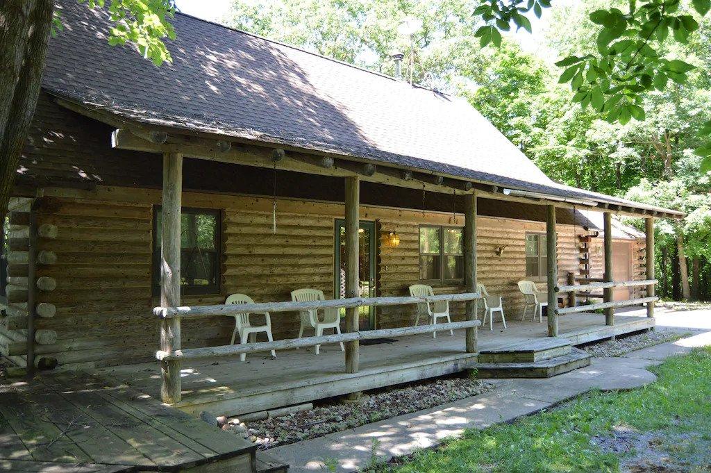 Great VRBO cabin near Starved Rock