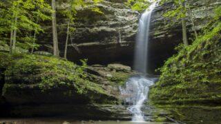 Ferne Clyffe waterfall Illinois